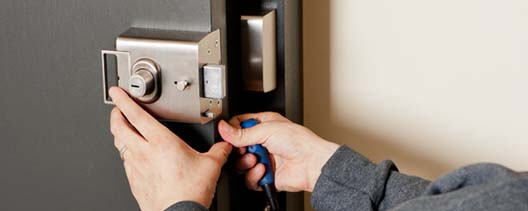 locksmith-installation (1)